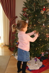 Ellie_xmas_tree